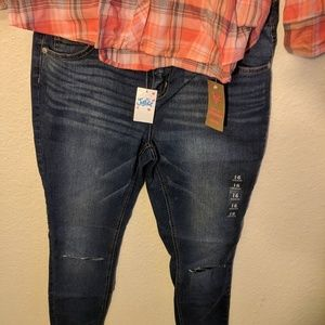 2 piece Justice jeans and orange shirt